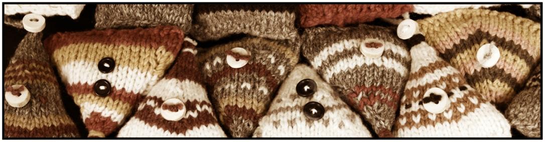 banner web knitting 3x12 stylized